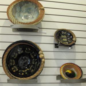 ceramic bowls with woven rim